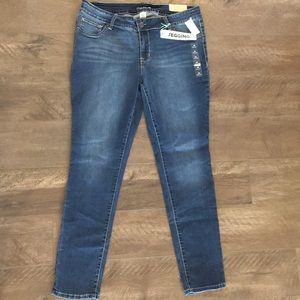 Maurice's denim jeggings 16 NWT